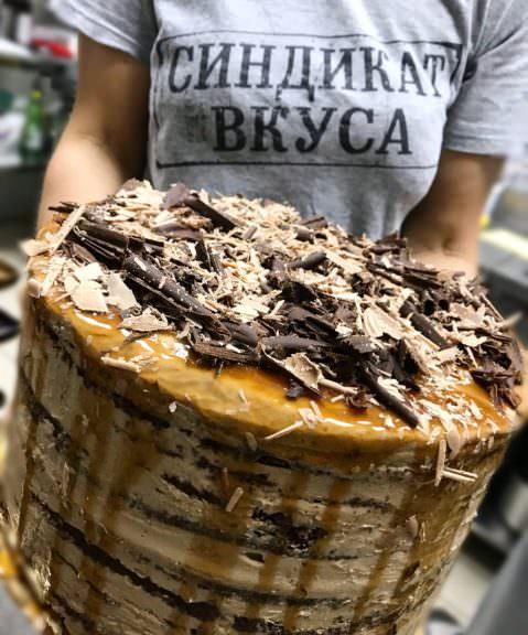 Заказать шоколадный торт в Харькове