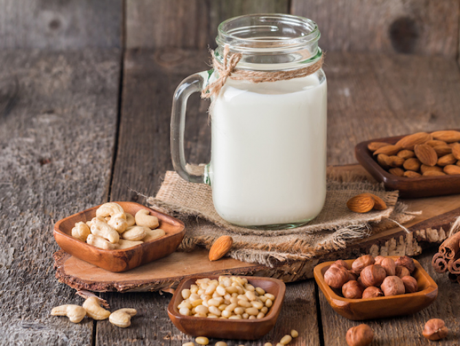 Как приготовить ореховое молоко
