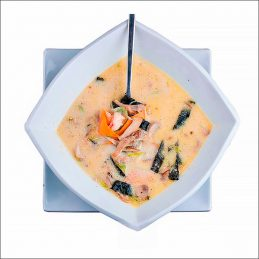 Борщи, супы и другие первые блюда с доставкой по Харькову